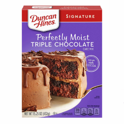 Duncan Hines Perfectly Moist Triple Chocolate Cake Mix 15.25oz (432g)